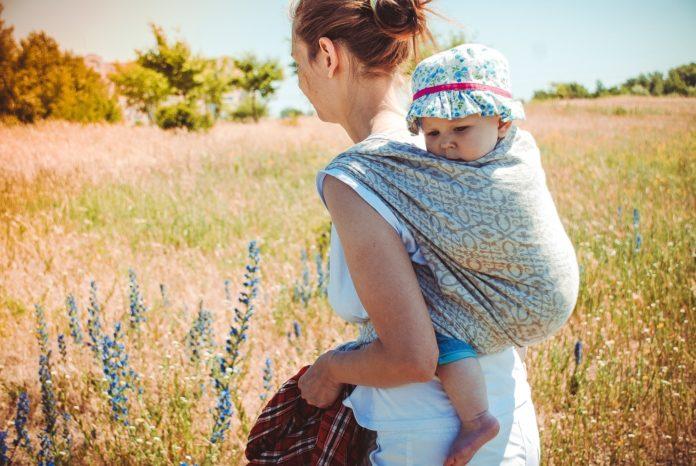 Samen Zwanger - Over 'huidhonger' en het dragen van je baby