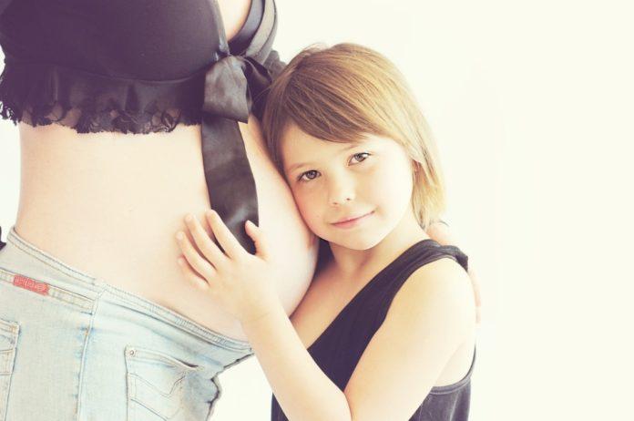 Samen Zwanger - Waarom je baby schopt in jouw buik