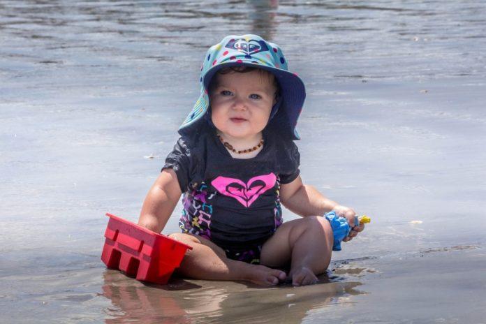 Samen Zwanger - Dit neem je voor jouw baby mee naar het strand