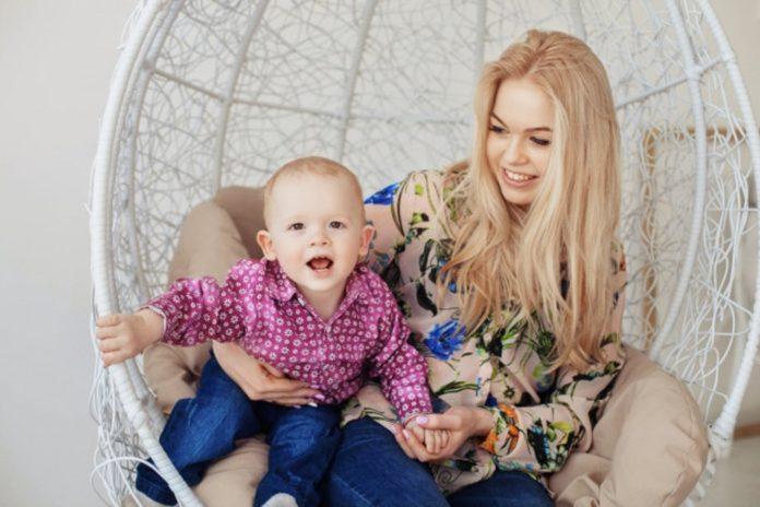 Samen Zwanger - Moeder test familie voordat ze laat babysitten